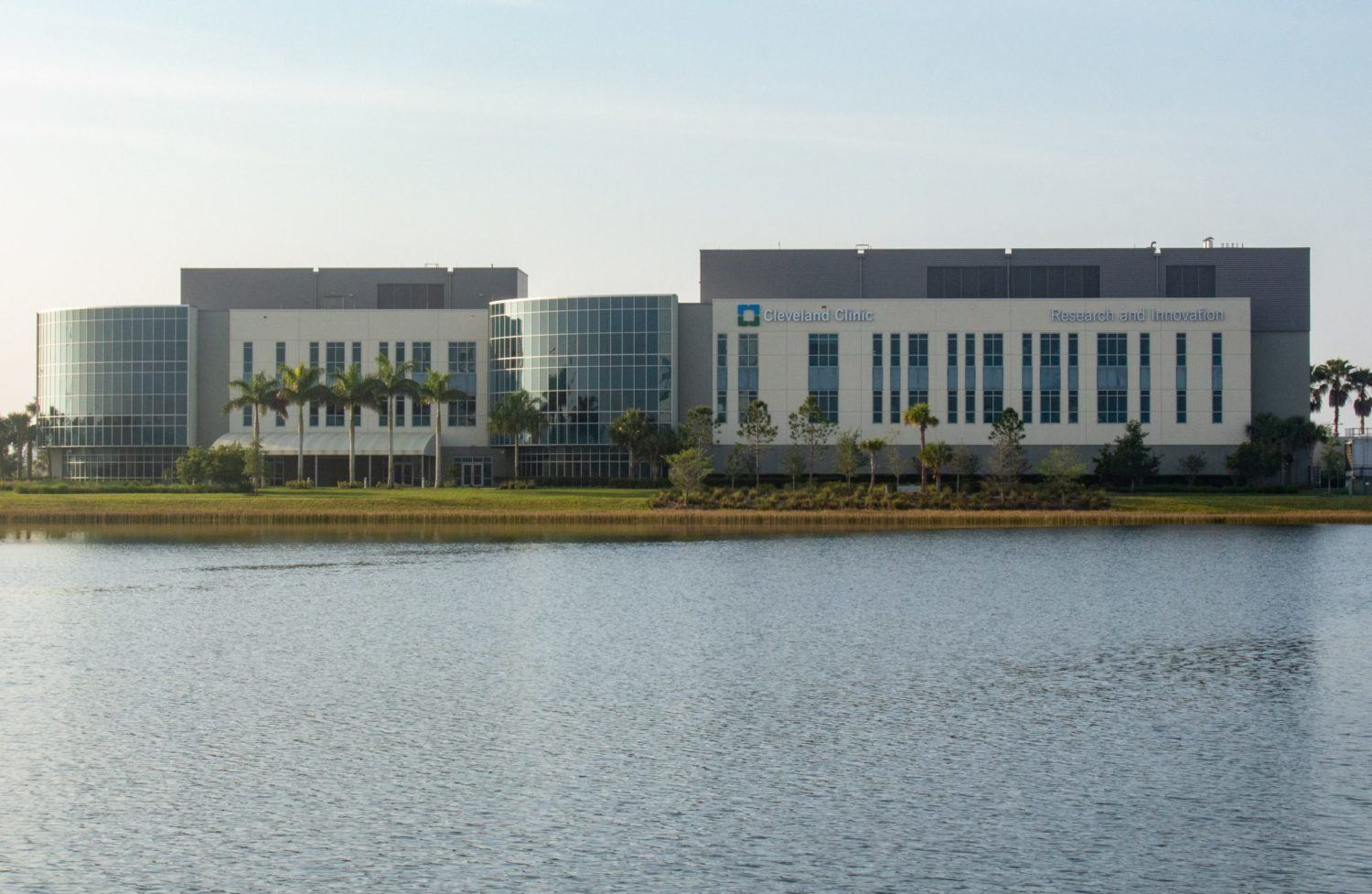 Cleveland Clinic Florida Opens Florida Research and Innovation Center