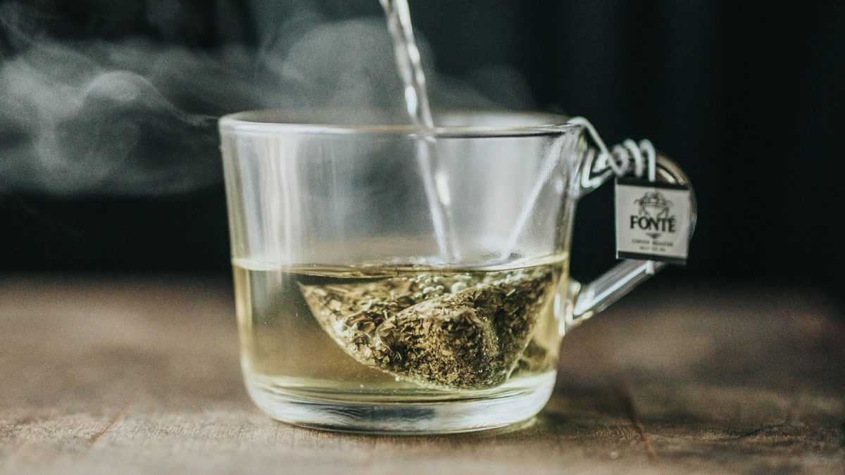 Boosting Antiviral Immune Function with Green Tea