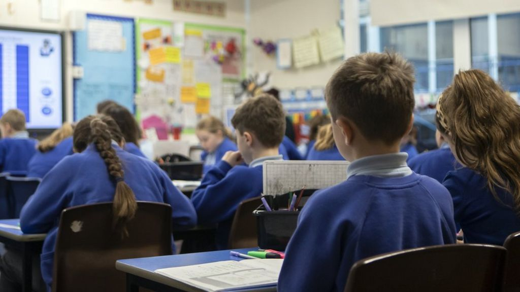 Government warned over test and trace as UK schools prep to reopen